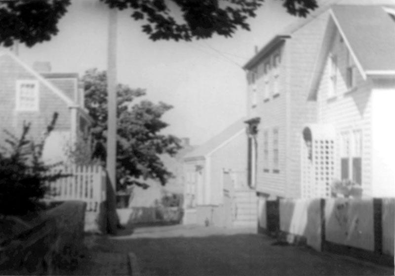 6 Flora Street