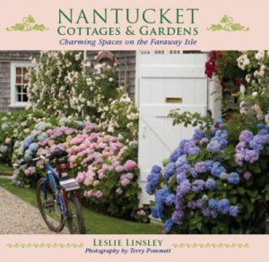 Nantucket-Cottages-Gardens-e1432129357337
