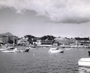 Easy Street Gallery from the harbor at right, c. 1930s With roofwalk and porch (photo courtesy the Nantucket Historical Association)